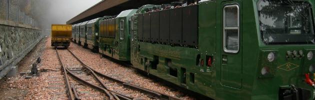 """Valle d'Aosta, 30 milioni per il trenino. Ora la Regione lo smantella: """"Inservibile"""""""