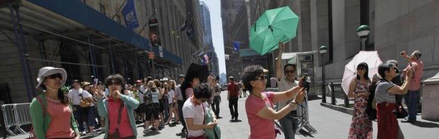 Turismo, giù l'ultima barriera dei cinesi: battono i giapponesi nei viaggi all'estero