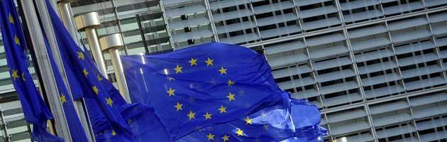 """Allarme Ue: """"Debito elevato e banche deboli. Ancora rischi di contagio dall'Italia"""""""