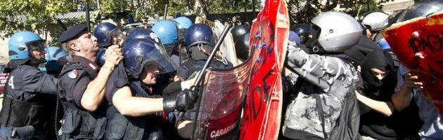 """Scontri studenti polizia, la madre di Aldrovandi: """"Non credo alla Cancellieri"""""""