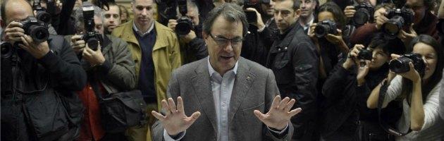 Catalogna, il voto che frantuma la politica e allontana la Spagna dall'Ue