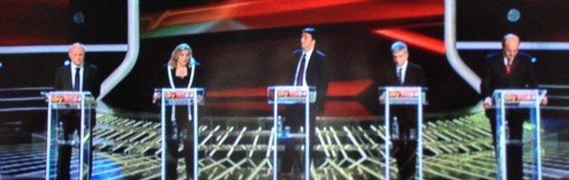 """Primarie centrosinistra, sfida tv: scontro su Casini, tutti uniti nel """"no"""" a Marchionne"""