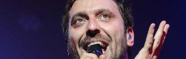"""Cesare Cremonini, tutto esaurito per il live: """"Bologna quanto ti amo"""" (foto)"""