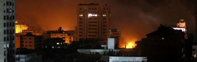 Gaza, nuovi raid israeliani con 6 morti dopo i 21 feriti dell'attentato a Tel Aviv