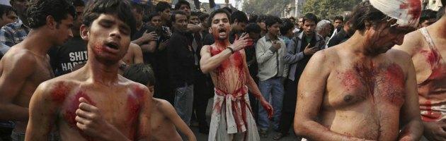 Iraq, giornata di sangue alla festa dell'Ashura: decine di morti