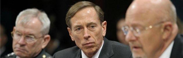 """Cia, si dimette il numero uno Petraeus: """"Ho tradito mia moglie"""""""