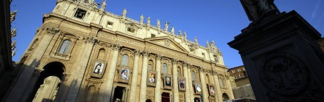 Dimissioni Papa, il Pontefice: 'Divisioni deturpano Chiesa, superare rivalità'