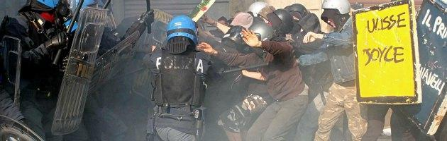 L'Europa in piazza contro l'austerity. Roma: scontri sul Lungotevere, 50 fermi