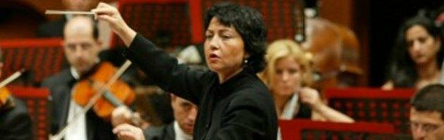 """Donna e direttrice d'orchestra. """"I tagli alla cultura? Abominevoli"""""""