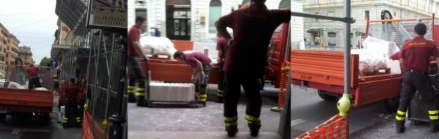 """Roma, i pompieri precari realizzano il bar. """"Uno di loro era anche pagato al nero"""""""