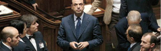 Crisi governo, dagli ultrà di B. alle pizzette: Montecitorio prepara l'addio ai tecnici