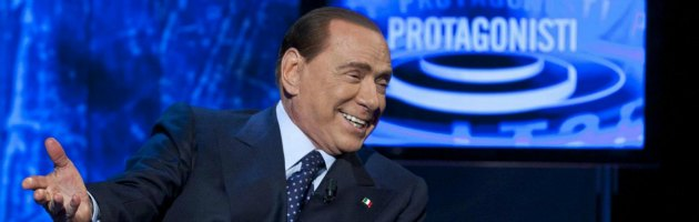 Elezioni, da Bolzano a L'Aquila Berlusconi invade le tv locali e annuncia comizi
