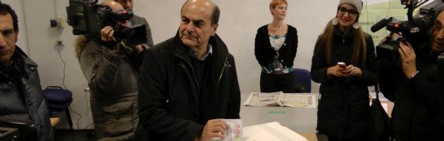 """Piacenza: Bersani vota, ma non parla: """"Da oggi i fatti, basta con i commenti"""""""