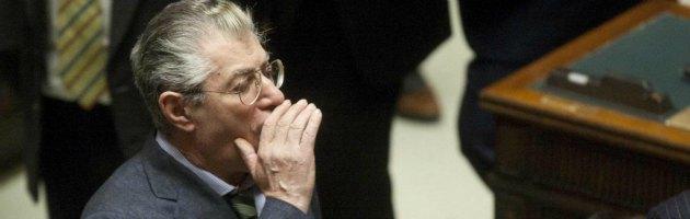 """Bossi: """"Monti è il re delle banalità"""". E Berlusconi prosegue la sua maratona tv"""