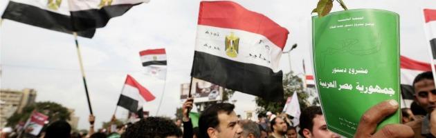 Egitto al voto sulla nuova Costituzione: un'affluenza record per il referendum