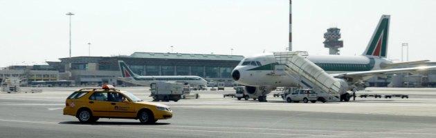 Fiumicino, aereo fuori pista: la Procura indaga anche su Alitalia per frode