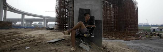 Cina, test anti proteste e trasparenza: le regole di Pechino per le grandi opere