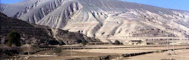 """Cina, 700 montagne saranno """"livellate"""". Per far posto alla città """"ecosostenibile"""""""
