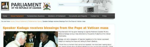 Papa benedice promotrice legge che prevede pena di morte per gay in Uganda