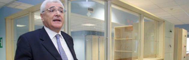 """Direttore d'ospedale si assegna premio da 23 mila euro: """"Ma non ho la tredicesima"""""""