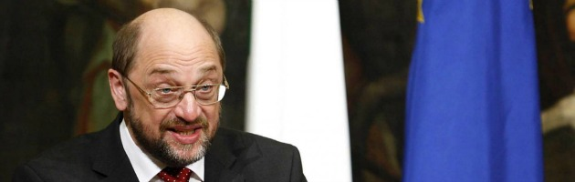 """Elezioni, Schulz: """"Non votate Berlusconi"""". Bersani a Monti: """"Merkel ci rispetta"""""""