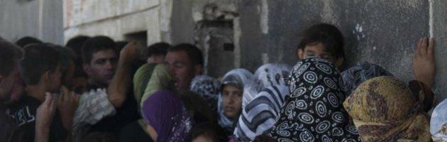 Siria, gli attivisti denunciano una nuova strage davanti a un panificio
