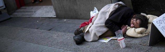 """Spagna sull'orlo del baratro, Croce Rossa e Msf: """"Troppa povertà"""""""