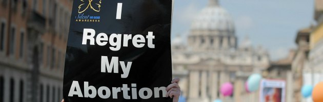 Irlanda, il governo 'snobba' la Chiesa e pensa a una legge sull'aborto