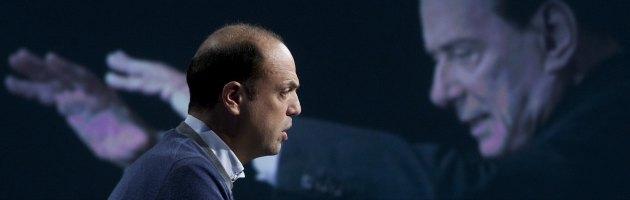 """Alfano: """"Sì a Bersani se moderato al Quirinale"""". Pd: """"No scambi indecenti"""""""