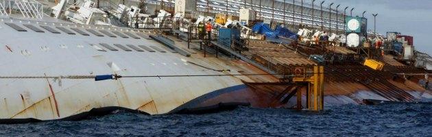 """Costa Concordia, un anno dopo. De Falco sui soccorsi: """"Si poteva fare di più"""""""