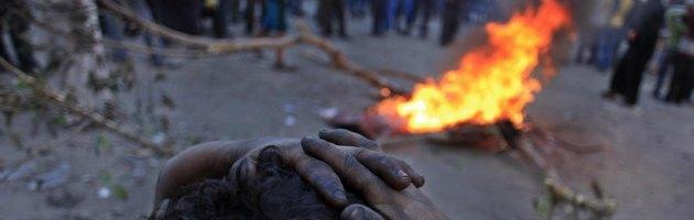 Egitto, a due anni dalla rivolta contro Mubarak ancora scontri: 10 morti