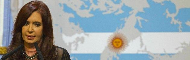 "Falkland-Malvinas, la presidente Kirchner scrive a Cameron: ""Basta colonialismo"""