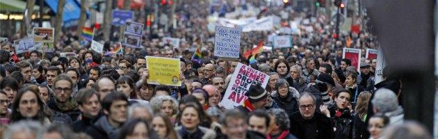 Parigi: matrimonio e adozione gay, scendono in piazza gli oppositori alla legge