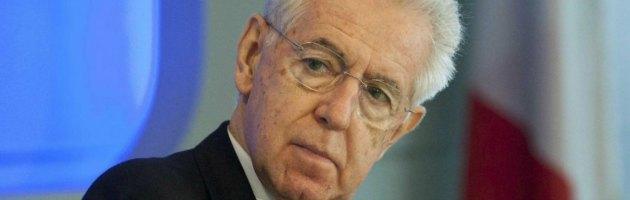 """Monti a Davos: """"In politica per tutelare le vittime dei governi precedenti"""""""