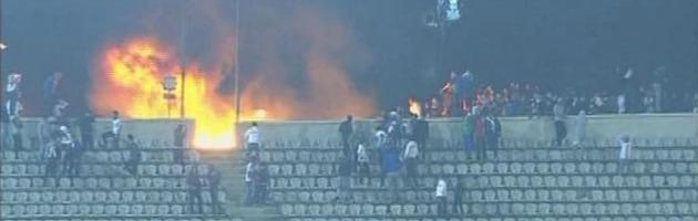 Egitto, scontri allo stadio di Port Said: condannati a morte 21 imputati