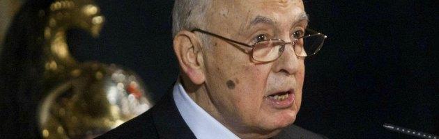 """Mps, Napolitano invoca """"chiarezza"""". Alla stampa: """"Salvaguardi istituzioni"""""""
