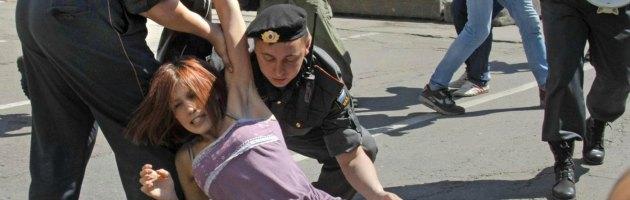 """Russia, approvata legge che vieta la """"propaganda omosessuale"""""""