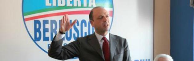 Alfano insegue Grillo, a Piacenza slogan identici su spese statali ed Equitalia