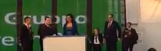 """Berlusconi e la segretaria: """"Lei viene? E quante volte? Vuol girarsi?"""""""