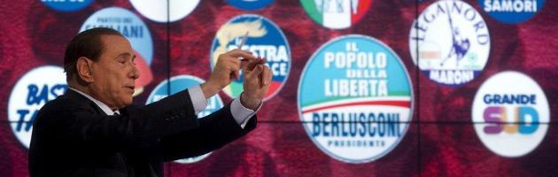 """Berlusconi ha la congiuntivite e salta comizio finale a Napoli. """"Sinistra puzza"""""""