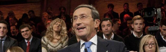 """Fini, polemica in Sicilia: """"Usa la carica istituzionale per la campagna elettorale"""""""