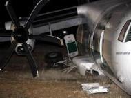 Roma, aereo della Carpatair fuoripista a Fiumicino: 16 feriti di cui 2 gravi