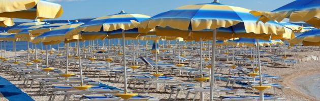 """Rimini, Gnassi batte cassa: """"Imu anche per ombrelloni e cabine"""""""