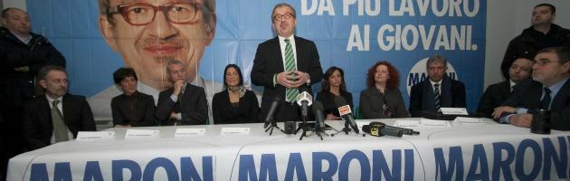 """Lega: """"Rimborsi elettorali ai terremotati dell'Emilia"""". Ma poi li dà a Maroni"""