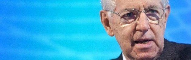 """Mps, dietrofront di Monti: """"Mai attaccato il Pd, Bersani non c'entra niente"""""""