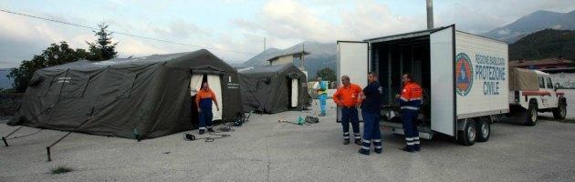 Terremoto Garfagnana, 6 mila persone fuori casa per allarme via social