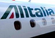 La strategia dei francesi per avere Alitalia spendendo due soldi. Azionisti divisi