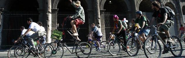 Boom di ciclisti a Roma: nel 2012 oltre 170mila, il 4% della popolazione