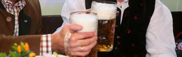 Regno Unito, il 75% dei britannici supera il limite giornaliero di alcool