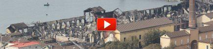 Napoli, in fiamme Città della Scienza Le indagini passano all'Antimafia